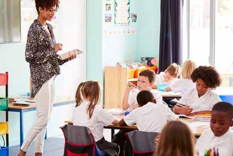 Teaching jobs in London woman teaching