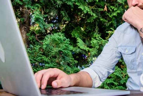 Teaching jobs in London- using laptop